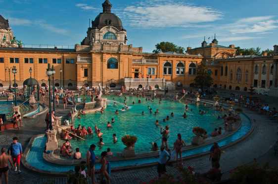 When is the Best Time to Visit Szechenyi Baths? – Szechenyi Bath ...