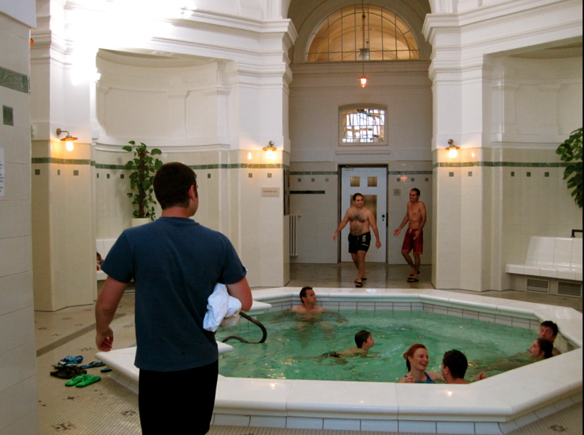 Szechenyi Baths Indoor Oktogon Pool - photo: mikep