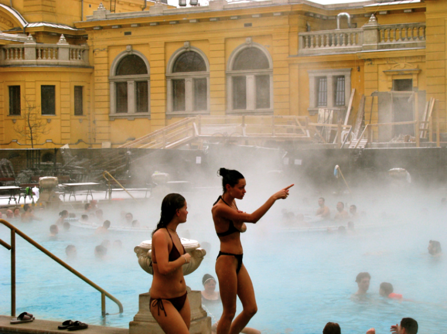 Szechenyi Baths Open Air Pools - photo - uglyagnes