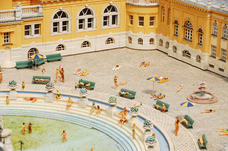 Lifelike scale model of Szechenyi Baths