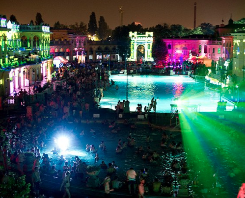 Water Circus Sparty Budapest Szechenyi Baths